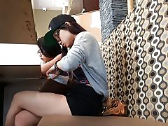 2 slatka Azijski tinejdžeri