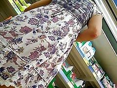 Ispod suknje, skrivena kamera, panty crne, dio 2