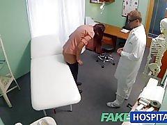 Fakehospital učenik ima izbor intimne isplata